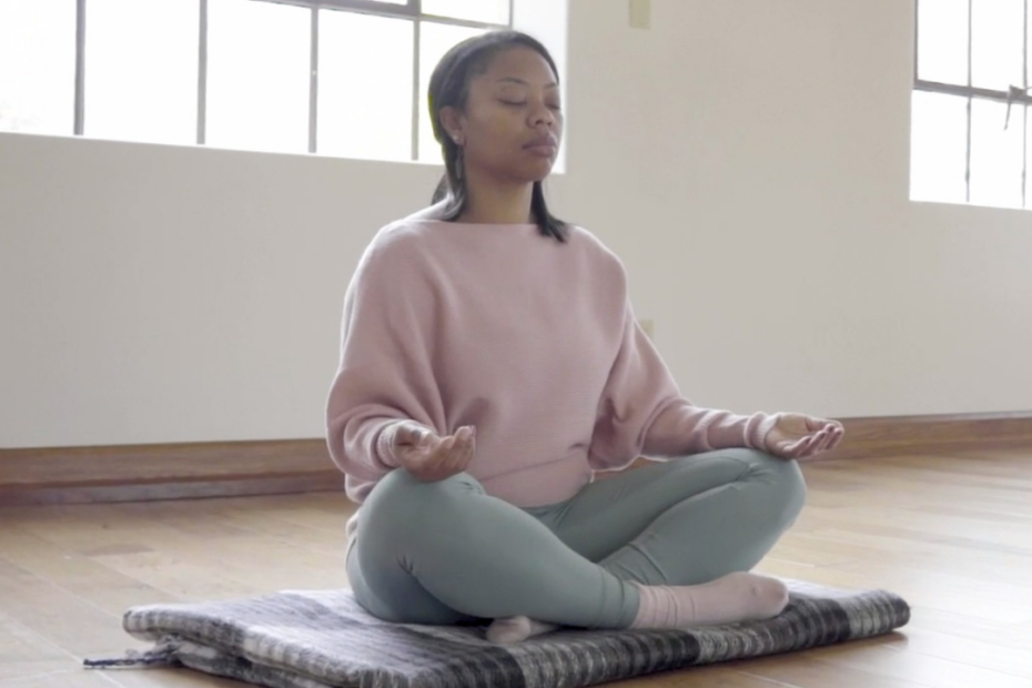woman meditatiing