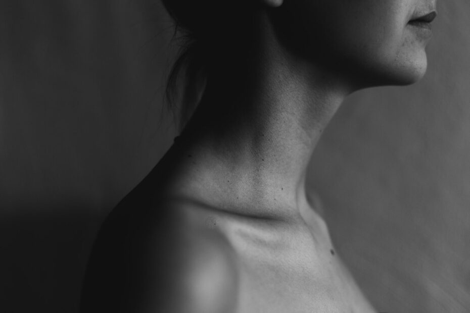 woman's neck and thyroid